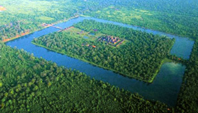 Private helicopter tour over Angkor